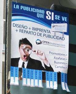 pegada de carteles en barcelona y area metropolitana